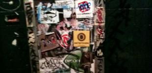 Ensbatuc dans un bar parisien